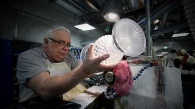 A master cutter at Warterford Crystal (photo actually taken by Scott Rogers Photography ™)
